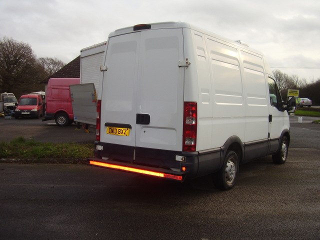 2013 Iveco daily fridge van:154,000 miles, drives very well £3,250.00 02nwGte7A6UnFyccJucpRh.jpg